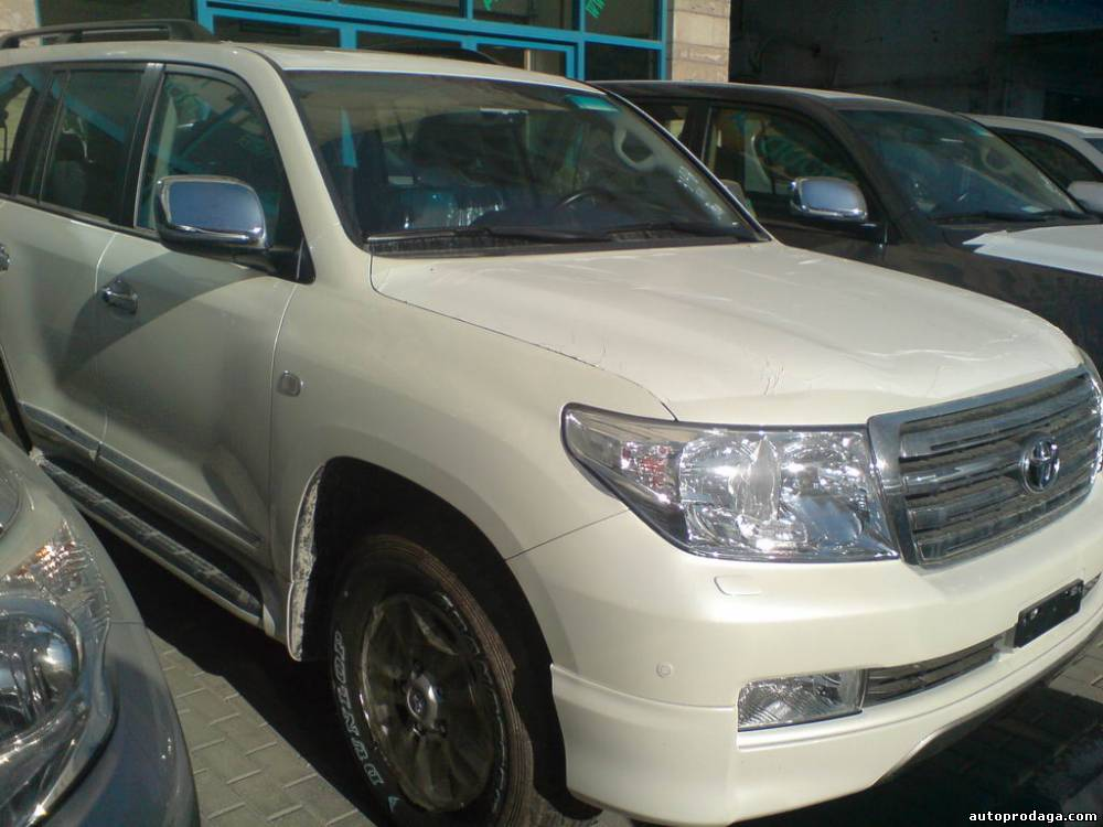 Toyota Land Cruiser 200, 2012 г, цена: 52 000$