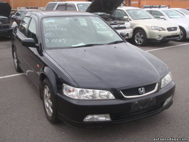 Honda Accord седан 2001 года всего за 2400$
