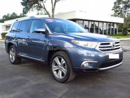Did you mean: TOYOTA HIGHLANDER , BLUE COLOUR 2011 MODEL . TOYOTA COROLLA 2010 ..VERY CLEAN LIKE A NEW CAR MERCEDES BENZ C 300..2011 MODEL | Автомобили, покупка, продажа и автосалоны - Продажа