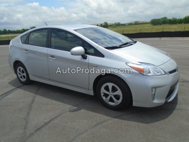 Urgent Sale Toyota Prius 2014, in excellent condition